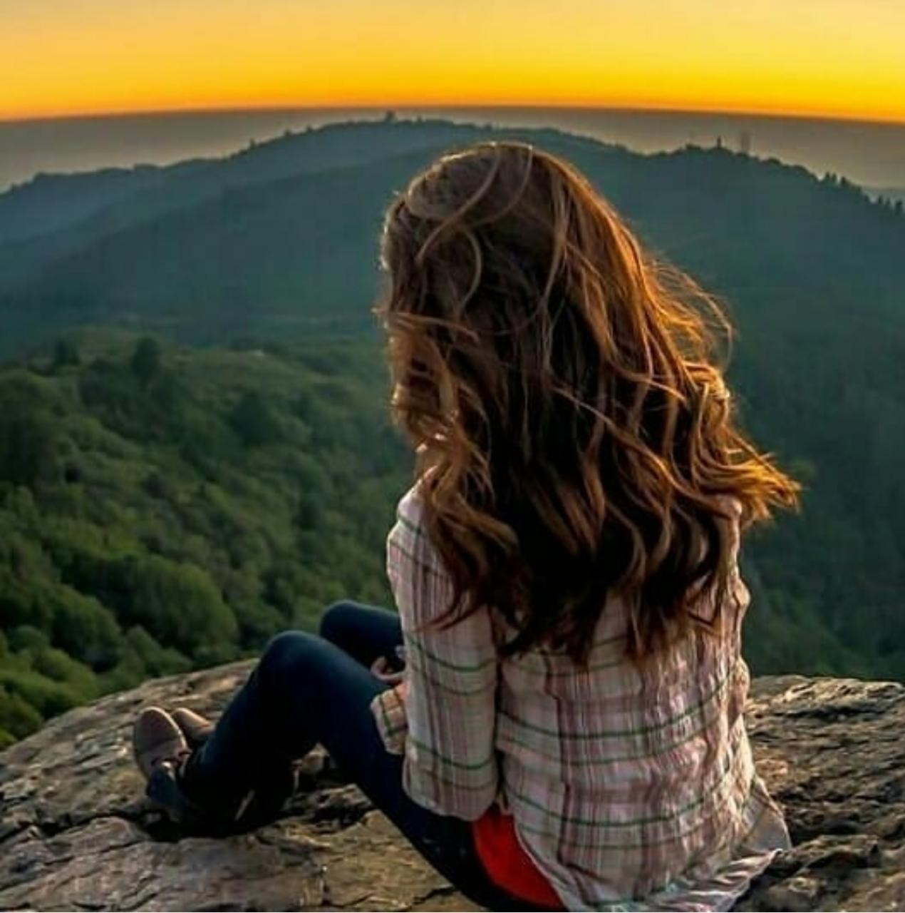 Alone Girl Whatsapp DP Images Photos Wallpaper Pictures